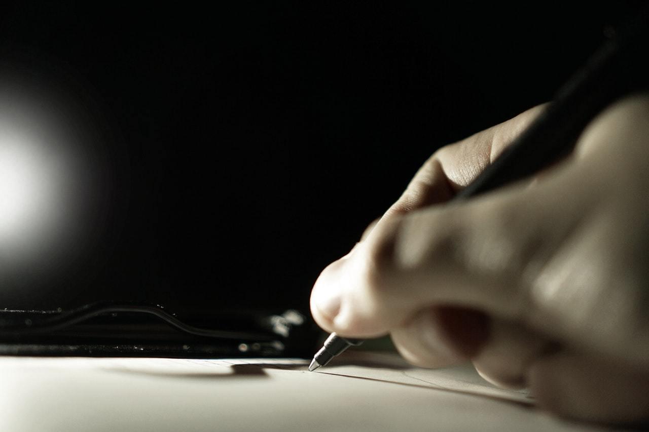 Ecrire permet de développer sa résilience. Excellent moyen.